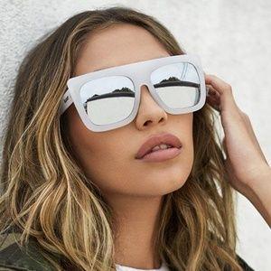 QUAY AUSTRALIA Cafe Racer White Silver Sunglasses